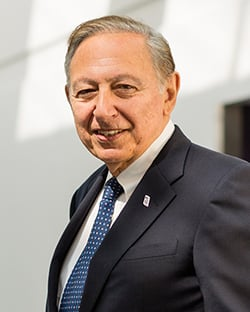 Dr. Robert Gallo