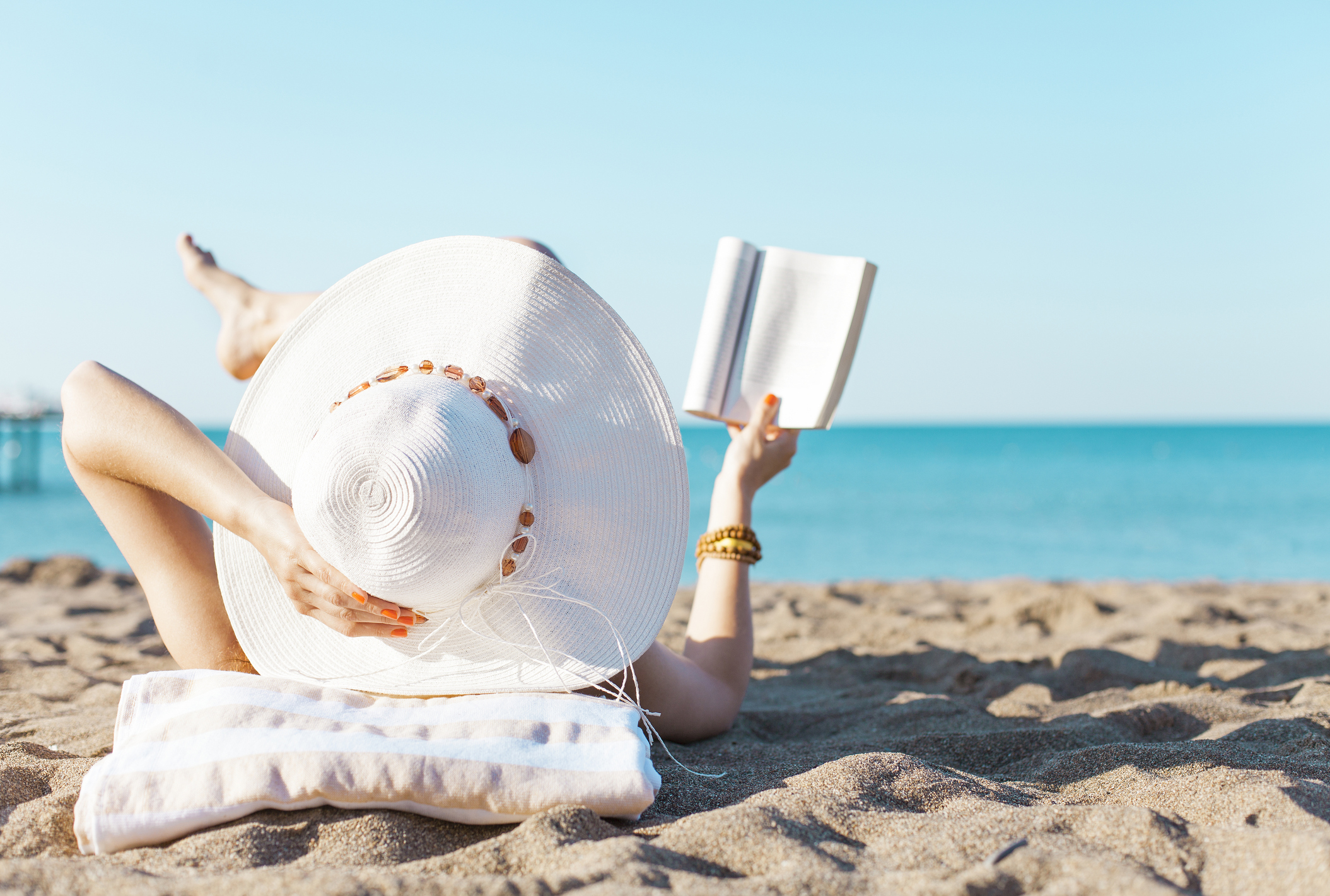 Science Beach Reads, HPV vs. Pap Test (Abstract Science: July 2 -6)