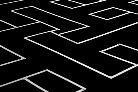 black and white T maze